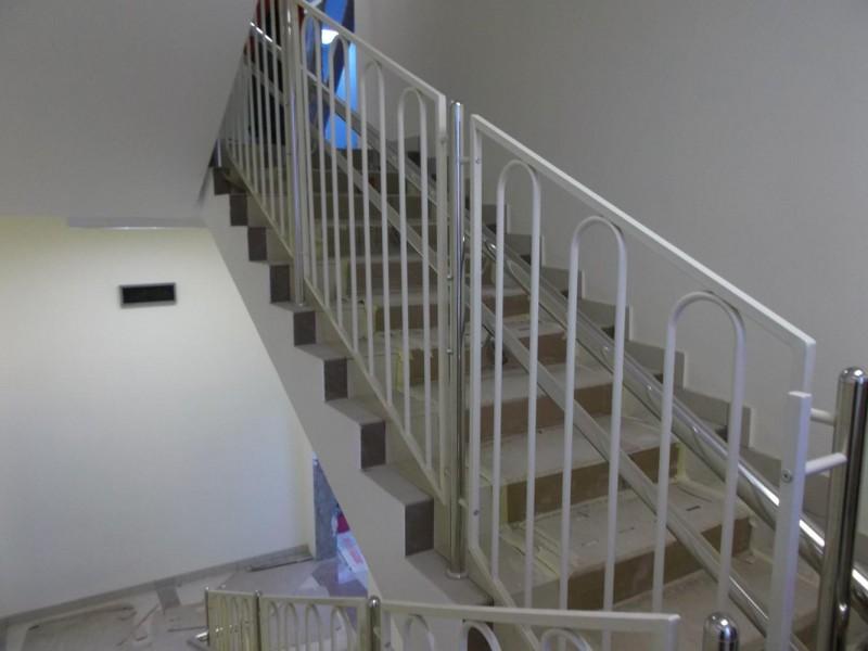 Детские ограждения для лестниц